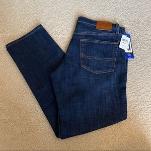 "Lucky Brand Men's Straight Fit Jeans - 32"" Inseam"